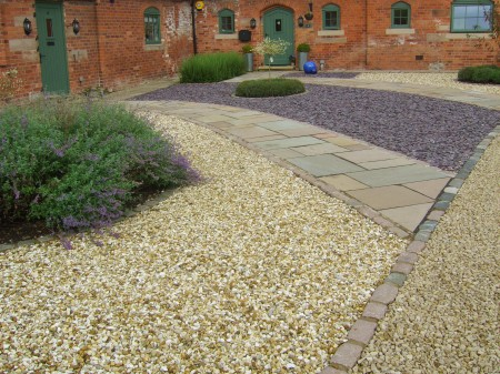 Indian-Stone-Cobble-Border-Plum-Slate-Derbyshire1