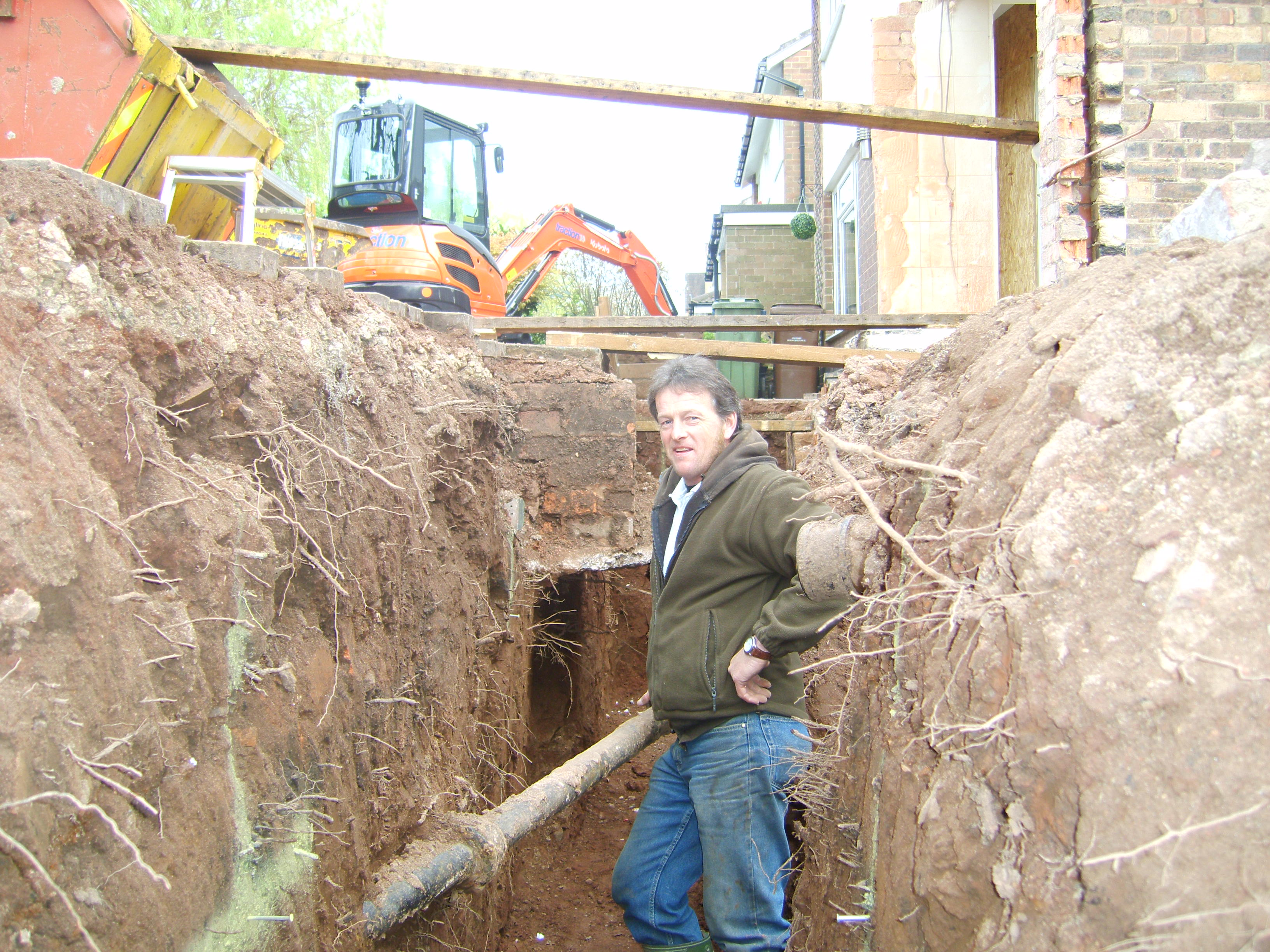 Excavation Of Footings At Trentham Staffordshire Alan