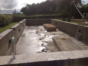Cast Concrete Swimming Pool